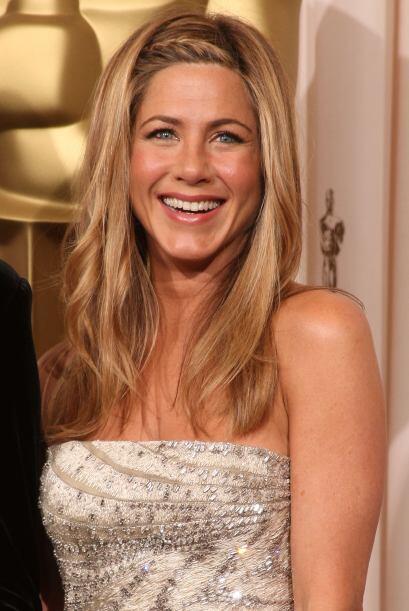 Una de las trenzas favoritas es ésta de Jennifer Aniston, que va a un la...