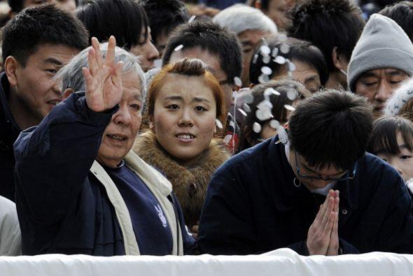 En Japón, las familias aprovechan tradicionalmente estos días para acudi...