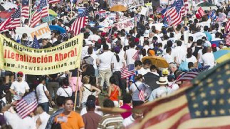 De aprobarse la reforma migratoria en el Congreso, al menos 11 millones...