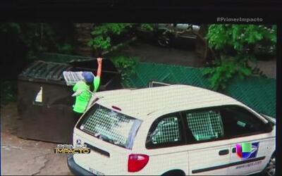 Empleada de correos es descubierta al tirar cartas a la basura