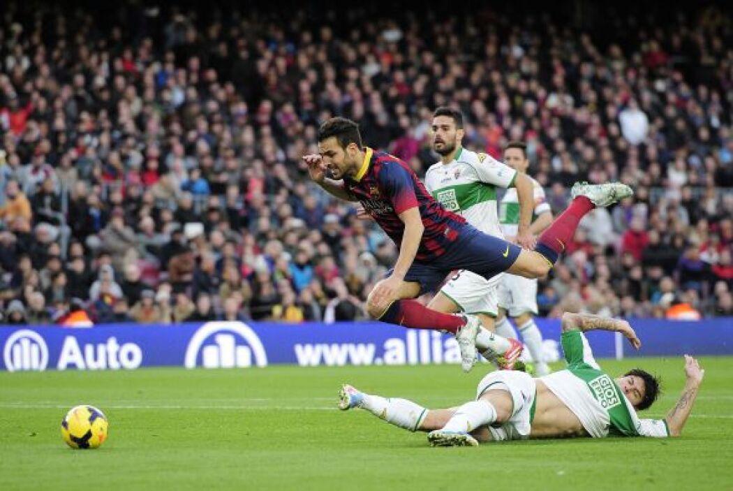 Ya para el segundo tiempo, un penalti sobre Cesc abría la posibilidad de...