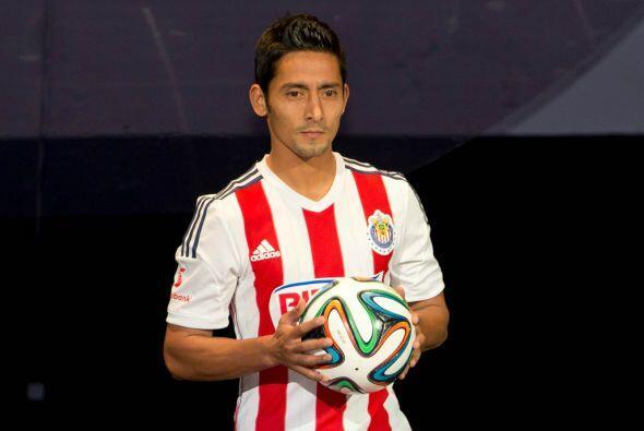 Actualmente acaba de fichar con las Chivas del Guadalajara, David busca...