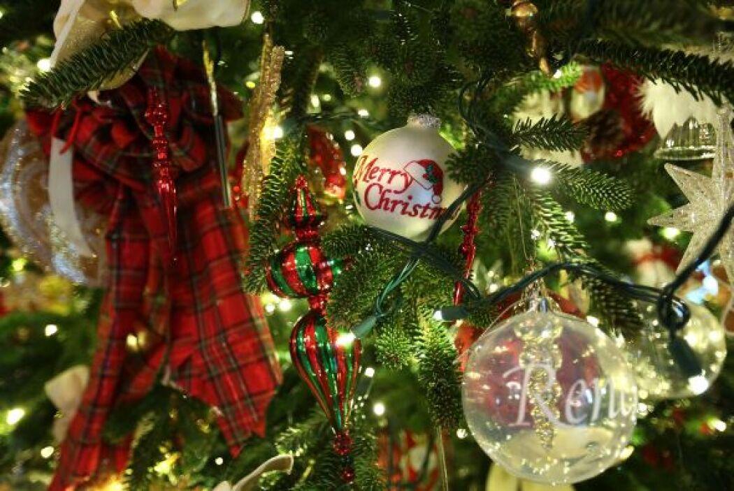 """El tema que se adoptó para la Navidad del 2012 fue """"Alegría para Todos""""..."""