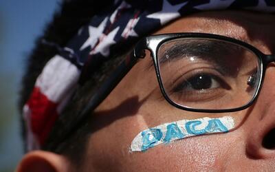 ¿Cómo va a ser el futuro de beneficiados con DACA tras la posesión de Do...