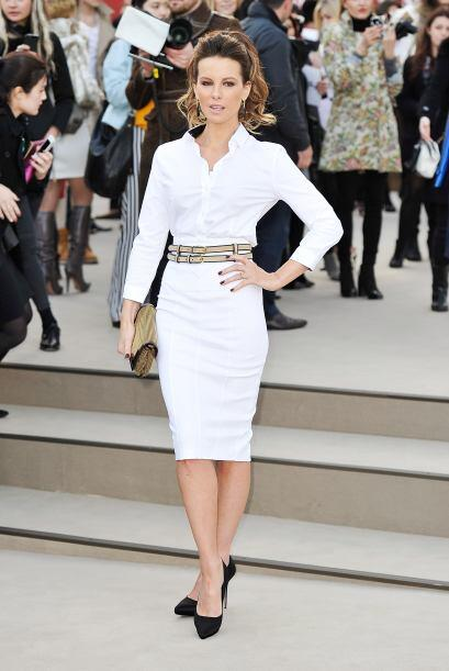 Kate Beckinsale optó por un 'look' 'All White', y logró un...