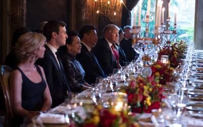 La familia Trump en una recepción al presidente chino Xi Jinping...