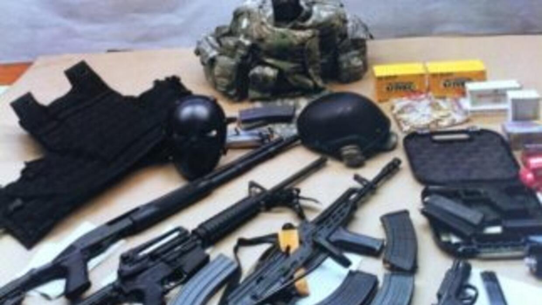 Decomiso de armas y marihuana (Foto de archivo).