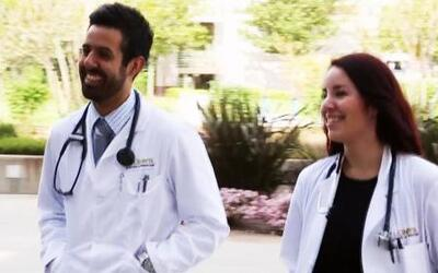La importancia de que un doctor hable el mismo idioma que sus pacientes