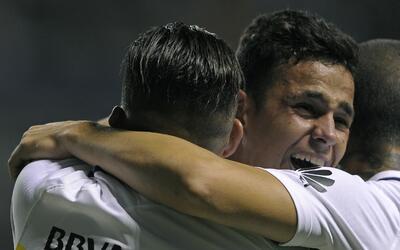 San Lorenzo 4-0 Boca Juniors: San Lorenzo destroza a Boca y se queda con...