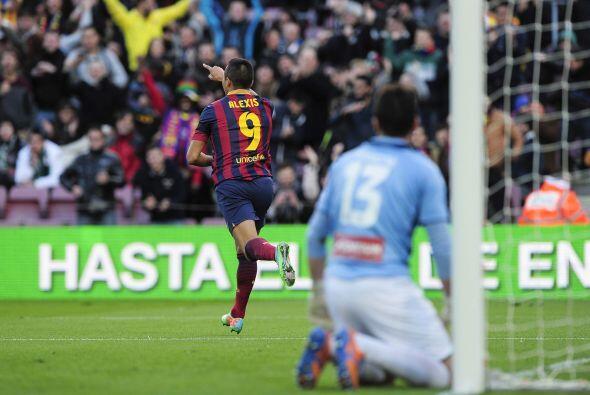 El atacante chileno colocaba el 1-0 con apenas siete minutos de juego.