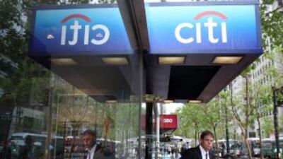Los bancos tienen que pagar por sus responsabilidades ante las crisis, s...
