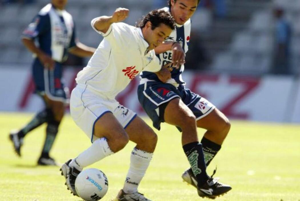 Los Tuzos del Pachuca no pasaron del empate 2-2 ante los Gallos del Quer...