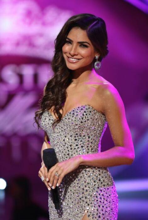 En la tercera gala se decidió por un modelo muy elegante.