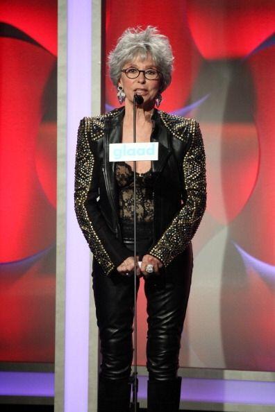 Fue así como Rita Moreno presentó a Jennifer Lopez en los...
