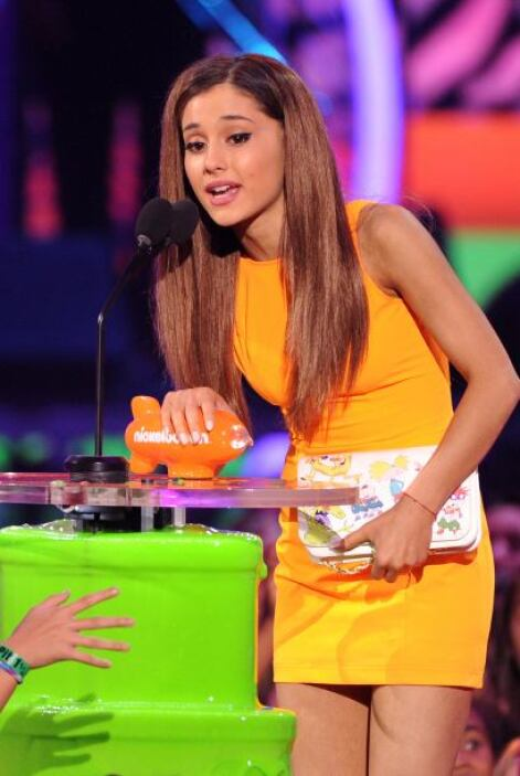 Ariana Grande también fue premiada. Mira aquí los videos más chismosos.