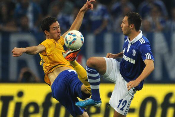 El Schalke tenía la misión de remontar un 2-0 adverso ante el Helsinki.