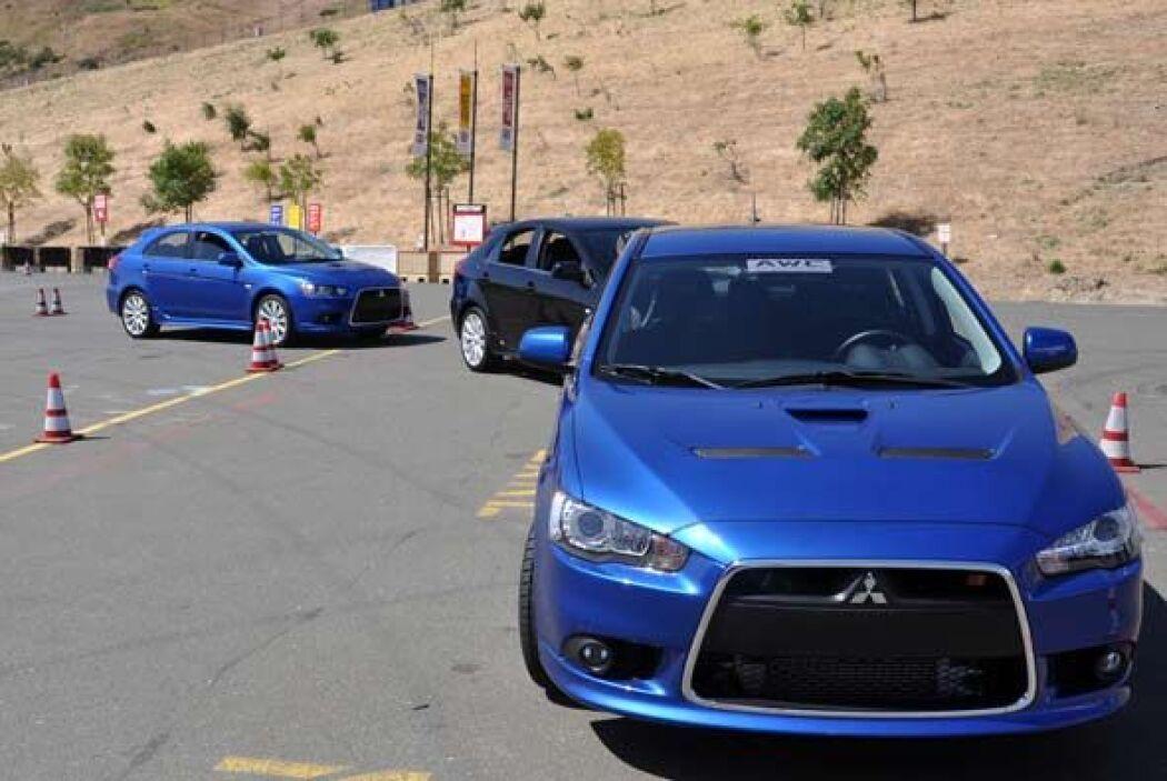 Mitsubishi presentó y demostró su nueva tecnología de tracción integral.