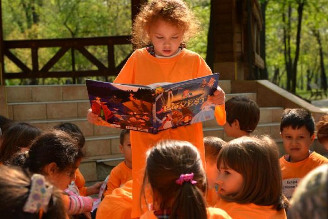 FOMENTA SUS INTERESES - Escoge libros acerca de sus actividades favorita...