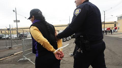 'No sabía que eso era un delito aquí': Las acciones que afectan tu situa...