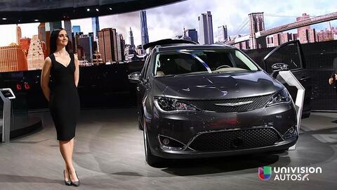 Detroit 2016: Chrysler Pacifica 2017