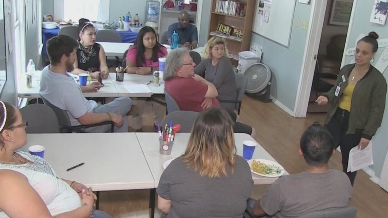 Una organización en San Antonio ofrece ayuda profesional a padres e hijo...