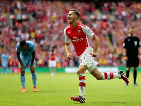 Se dice que cada vez que anota el jugador del Arsenal, un personaje cono...