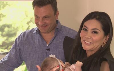 Adriana Vargas regresa victoriosa tras convertirse por segunda más en madre