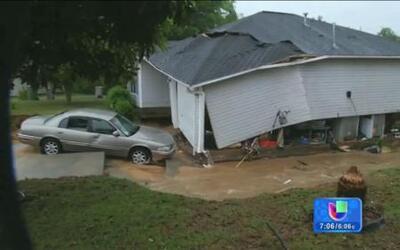 Inundaciones están arrasando el centro y sur del país