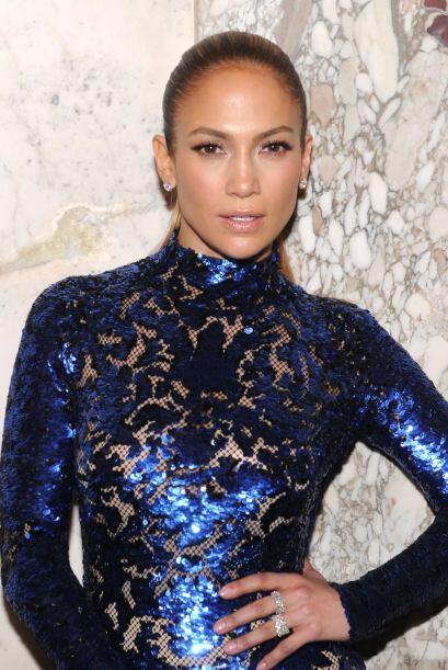 Jennifer Lopez es una de las famosas latinas más bellas de todos...