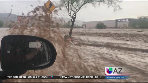 Tormenta repentina ocasiona caos al sur de Phoenix