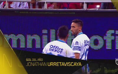 Y 80 metros después, Jonathan Urretaviscaya se lleva el Gol del Año