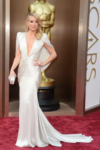 El escote de Kate Hudson nos dejó sin palabras. La actriz sabe qu...