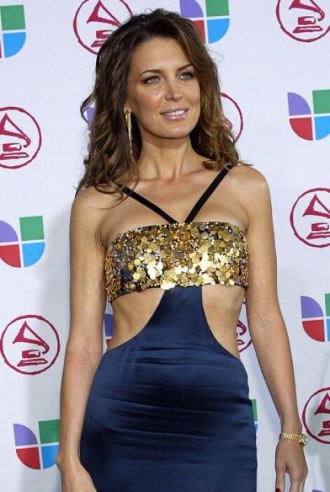 Así vistió Sandra Vidal en Latin GRAMMY 2005.