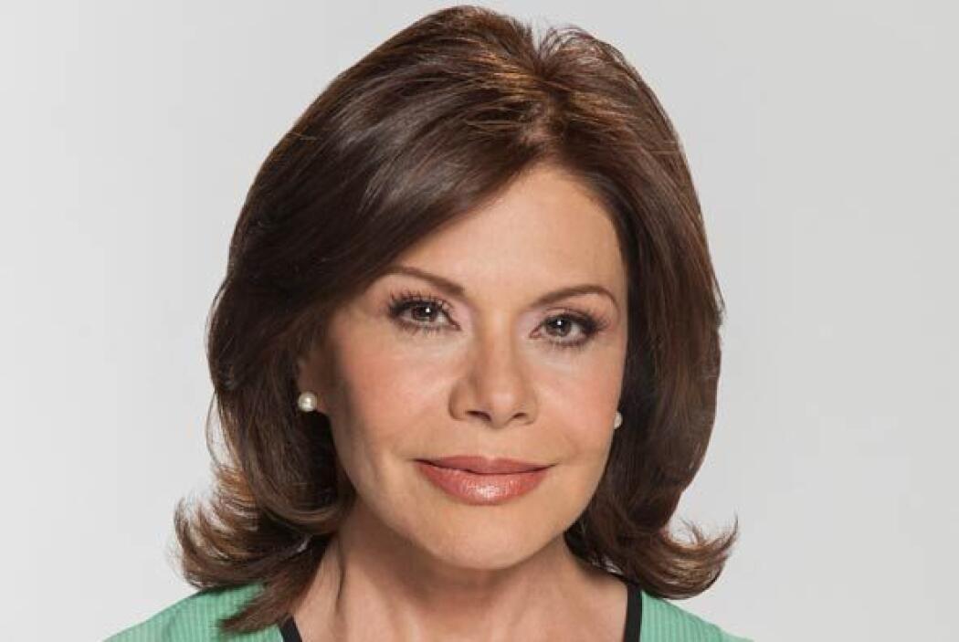 María Sorte es Beatriz. Es la madre adoptiva de Marina. Es una mujer que...