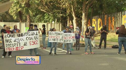 Manifestantes bloquean el acceso al Jardín Botánico para exigir un alto...