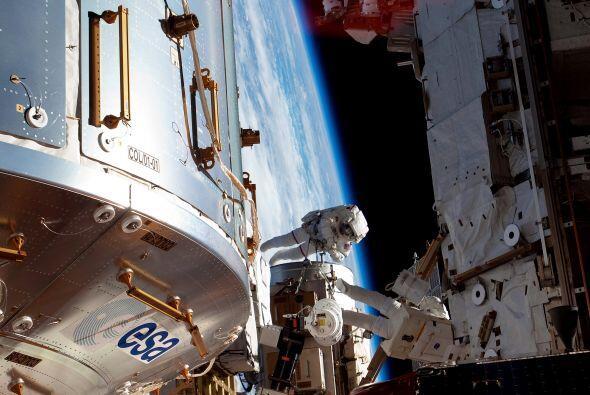 El Discovery también fue la primera nave espacial estadounidense que tra...