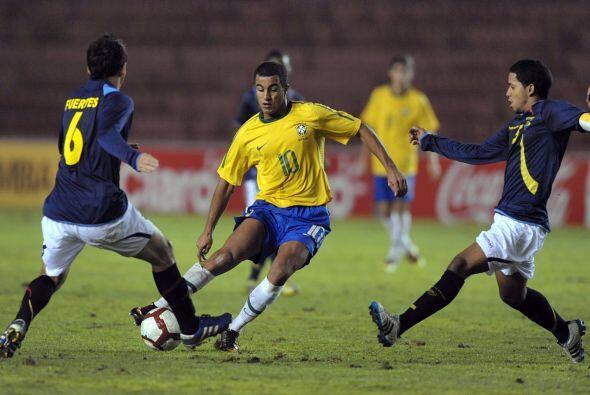 Brasil sumó nueve puntos y se colocó en una situación inmejorable para a...