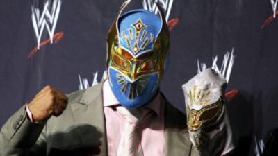 El mexicano estará fuera del ring por varios meses.