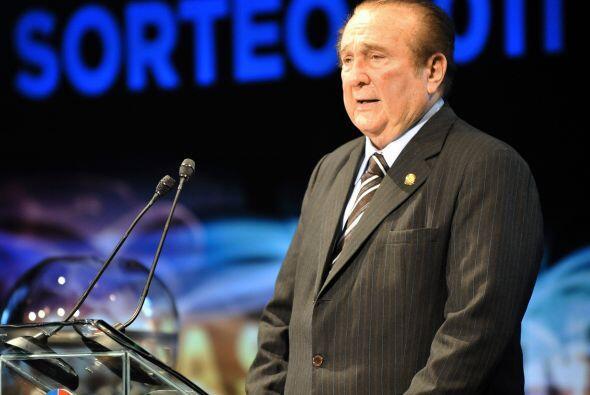 El presidente de Conmebol, Nicolás Leoz durante el sorteo 2011 qu...