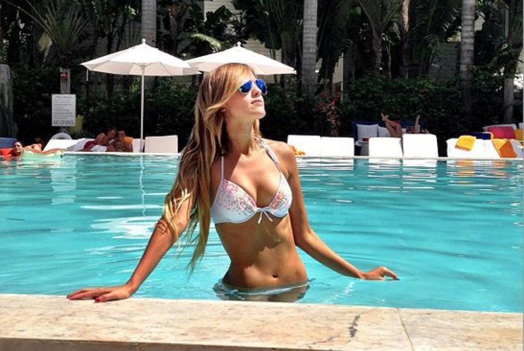 La hermosa actriz aprovecha las redes sociales para provocar infartos a...
