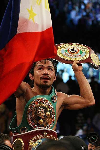 """El filipino Manny Pacquiao recibió el nombramiento de """"Boxeador del Año..."""