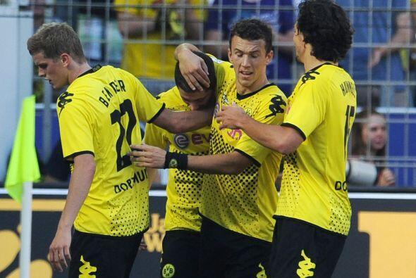 Victoria de 4-0 y tres goles de Lewandowski.
