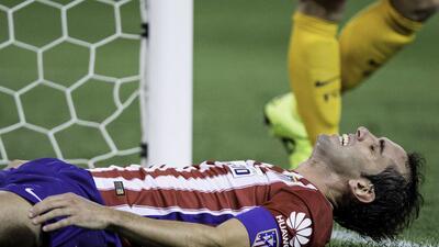 Diego Godín sufre un esguince pero no es de gravedad.