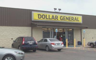 Mujer denuncia que vivió caso de racismo en la tienda Dollar General