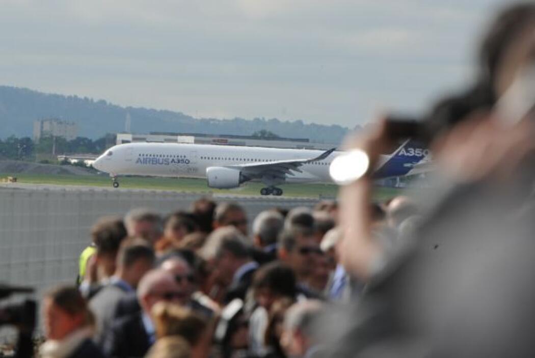Se espera que durante los 14 meses que durarán las pruebas de vuelo, el...