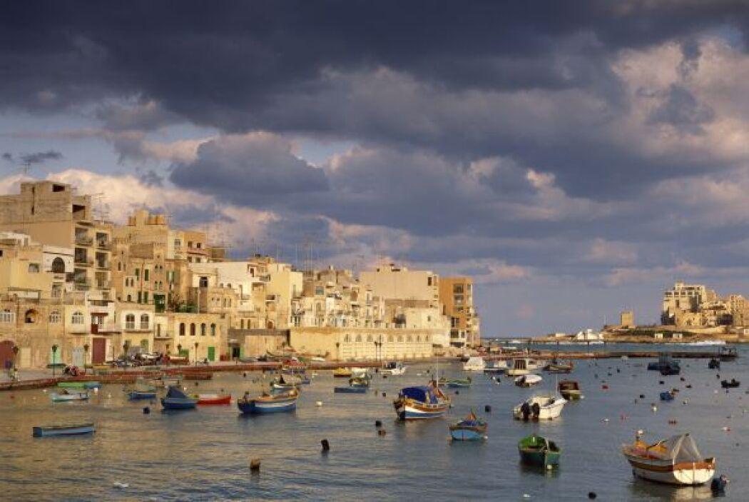 4. MALTA. La pequeña nación mediterránea anunció sus planes de permitir...