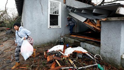 Tornados mortales causan extensos daños al sur de EEUU