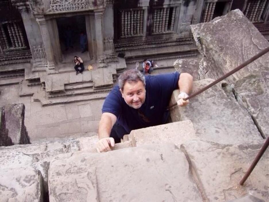 O El Gordo de Molina en Cambodia en 2004. ¡Vamos Raúl, tú puedes! Mira a...