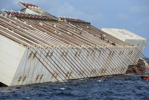El navío iniciará la rotación impulsado por enormes cadenas de acero enl...