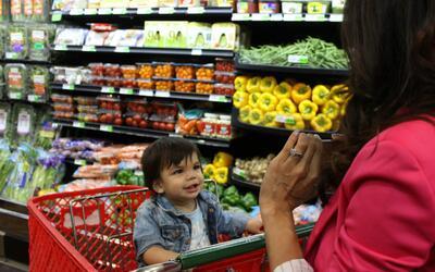 Una visita al supermercado es ideal para enseñarles a niño...